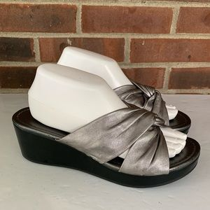 Michelle D grey leather slide wedge sandals